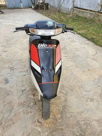 Скутер Honda Dio 18