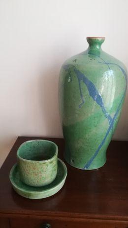 Base de candeeeiro, taça e prato, vidrado verde