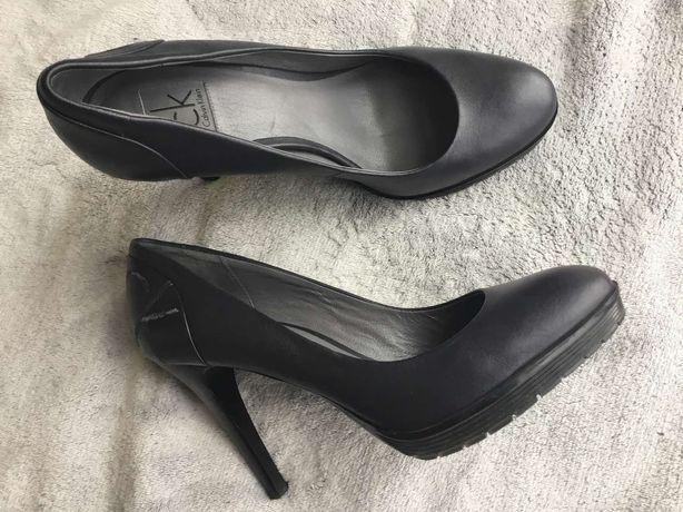 Кожаные фирменные туфли Calvin Klein