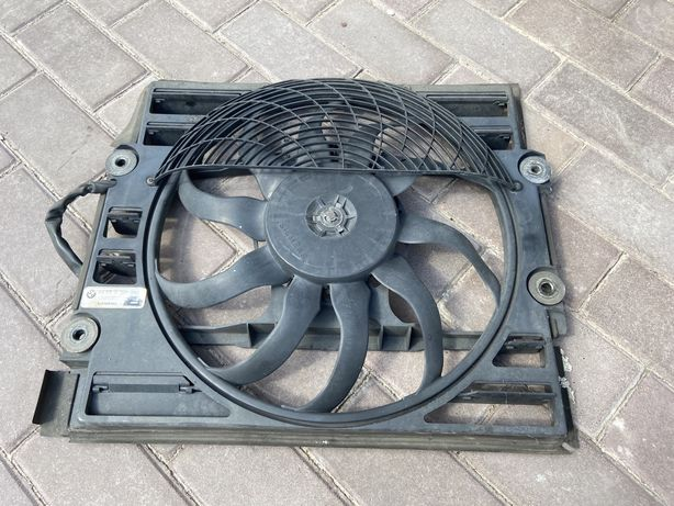BMW E38 вентилятор кондиционера 64548391882