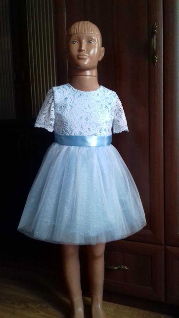 Платье снежинки. Нарядное платье на 3-5 лет. Сукня святкова.