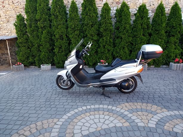 Sprzedam skuter Suzuki Burgman