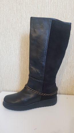 Кожаные сапоги, утепленные, зимняя обувь