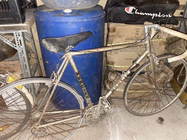 Bicicleta de estrada antiga Mercier