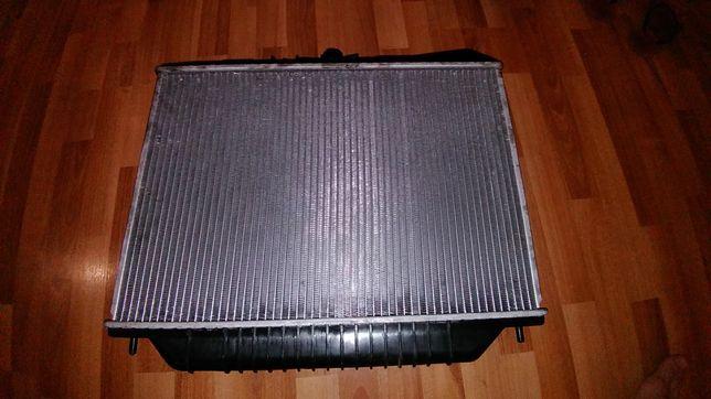 Продам радиатор NRF 53517