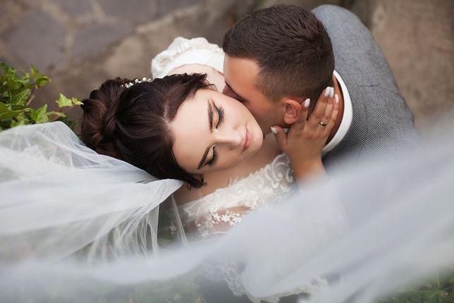 Фотограф фото та відео на весілля, дні народження хрещення, love story