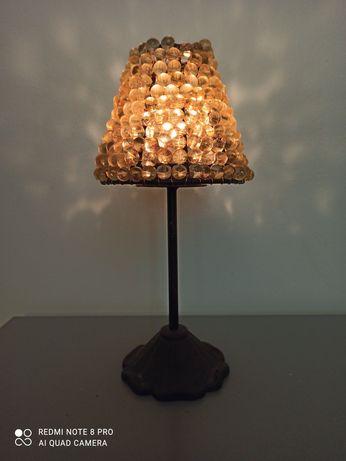 Świecznik z abażurem z koralików na tealights