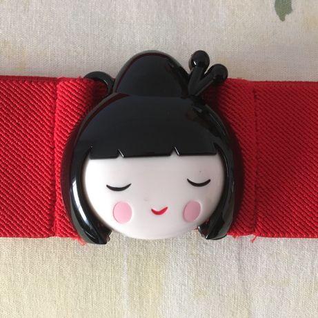 Cinto Women Secret fivela boneca japonesa