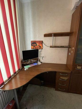 Письменный Стол с книжным шкафом