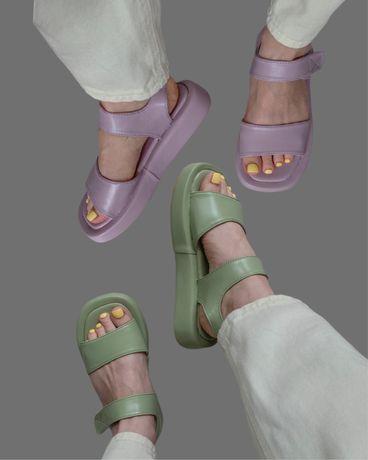 Новые босоножки на липучке на платформе