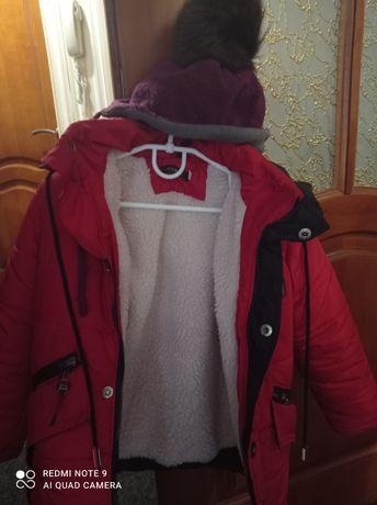 Детская зимняя курточка с зимней шапкой