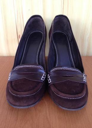 Замшеві туфлі zara