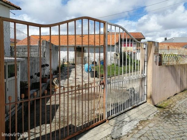 Leilão Electrónico | Fim 03-Dez | Moradia T4 _ Vila Nova ...