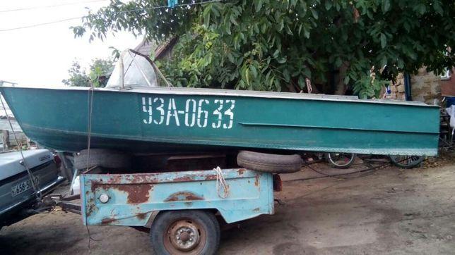 Лодка Херсонка с мотором Маринер 6 л. с.