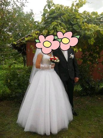 Продам весільне платя