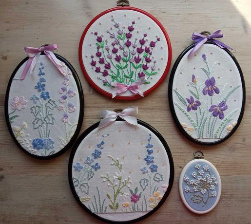 Obraz, haft na tamborku, kwiaty polne, irysy, lawenda, rękodzieło