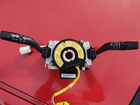 Mazda RX8 RX-8 Przełączniki w kierownice Taśma czujnik kąta skrętu