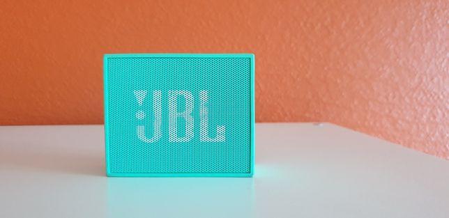 Coluna portátil JBL Go verde