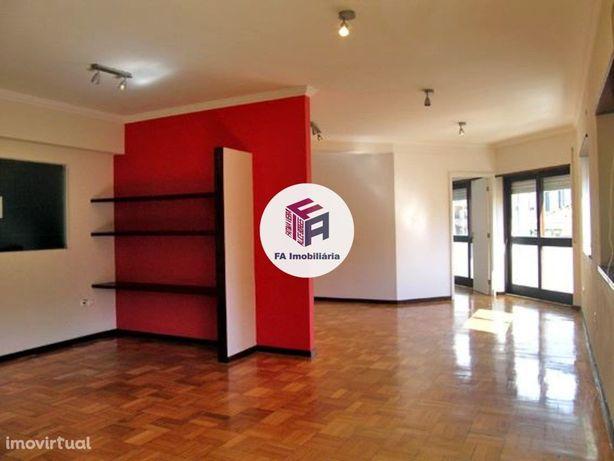 Escritório 60 m2 - Leça da Palmeira.