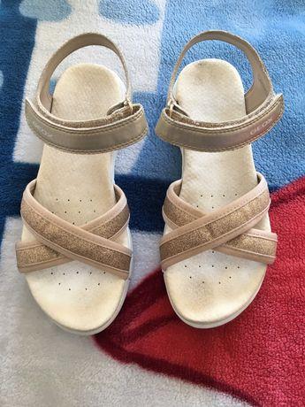 Sandálias Geox n.° 33