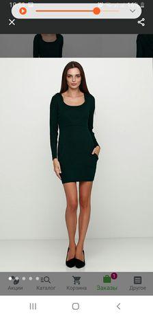 Темно зеленое платье-футболка vintage. Фактурное.