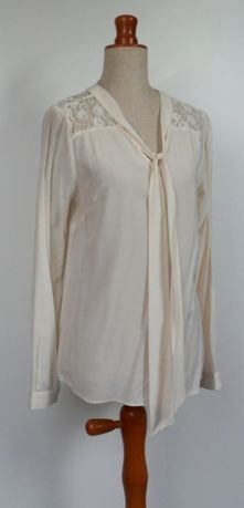 next bluzka elegancka krem koronka wiązana m/l