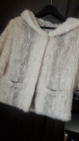 Кофта-накидка вязаной норки