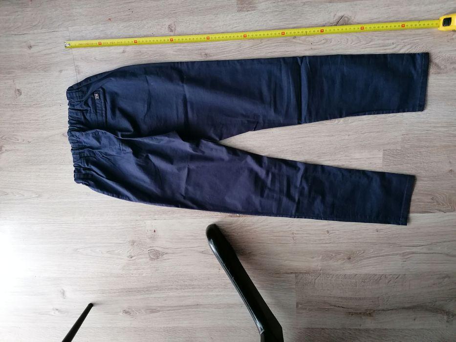 Sprzedam spodnie Piła - image 1