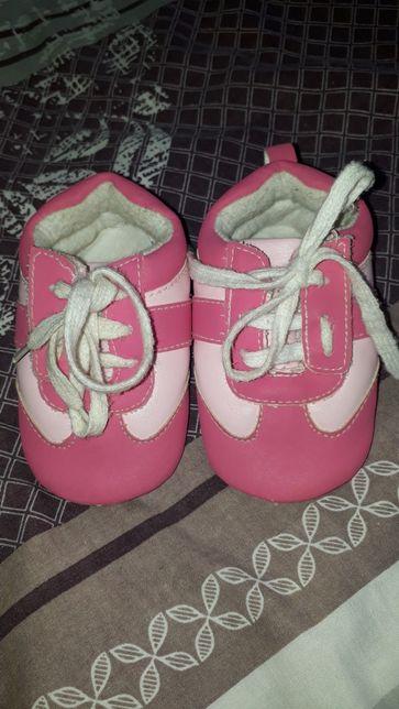 Пинетки, кроссовки