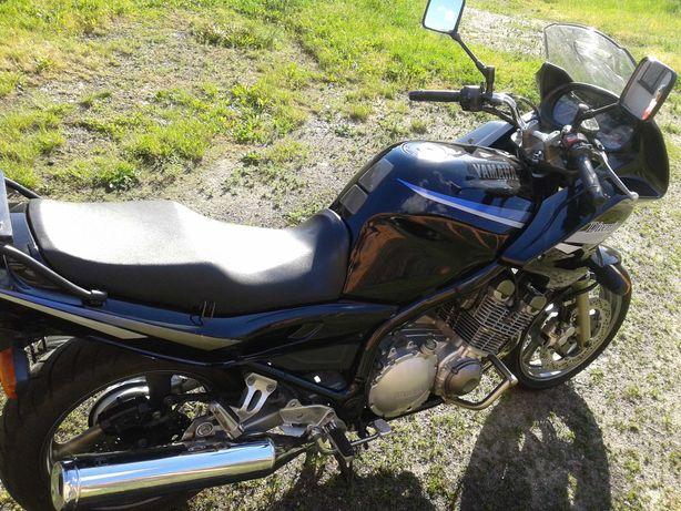 Yamaha XJ900 Diversion ZAMIANA