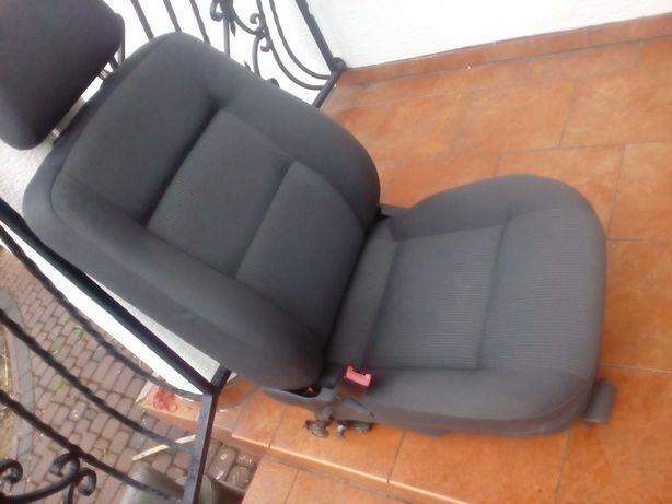 Fotel lewy kierowcy skoda superb 1