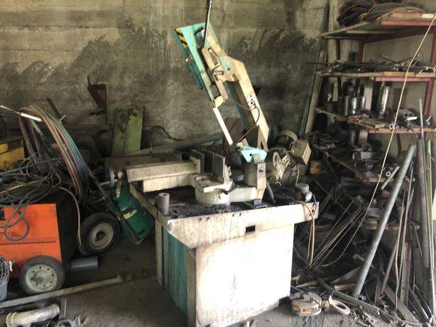 Maquina corte de ferro