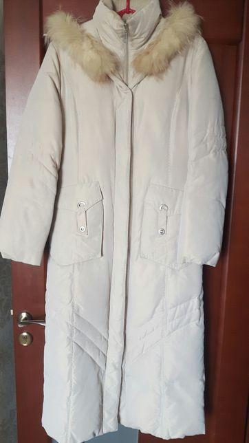 Білий зимовий пуховик, пальто, довга куртка