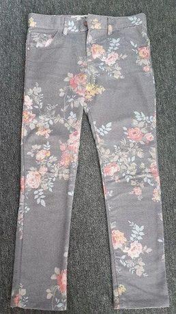 Spodnie w kwiatki - rurki r. 128