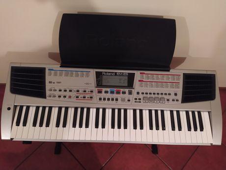 Piano Roland EM25 como novo!