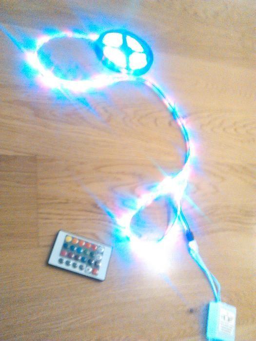 Taśma LED w kolorach RGB z pilotem 5 metrów uszczelniona - ZOBACZ FILM