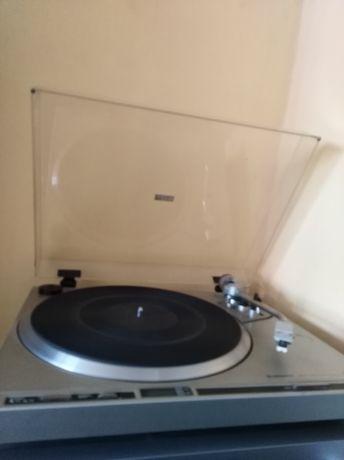 Gramofon Pioneer PL200