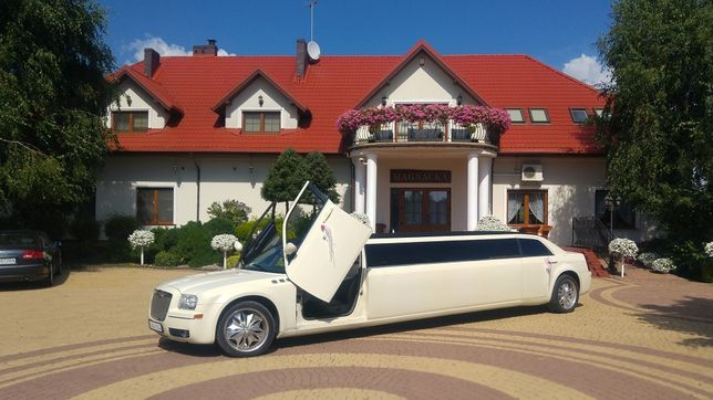 Samochód do ślubu, Limuzyna, auto na wesele, wieczór panieński, Ślub