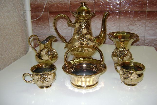 Сервизы чайные - посуда кухонная