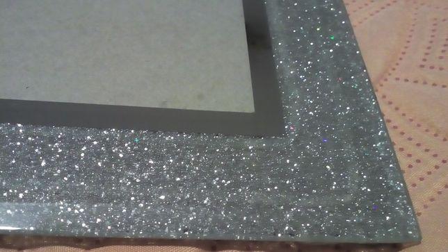 Moldura Clássica/Moderna - Prateada e espelhada - com brilho