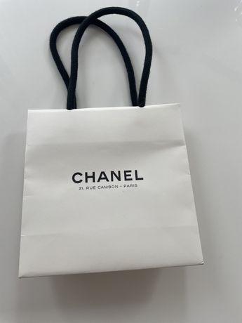 Chanel torebka papierowa prezentowa