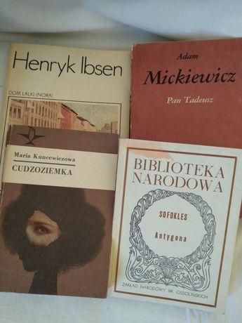 Książki lektury Pan Tadeusz Godzina śródziemnomorska  Cesarz