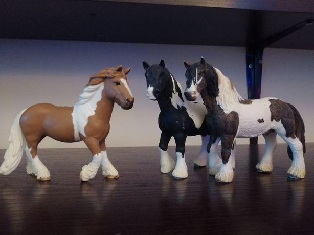 Rodzina koni tinker Schleich