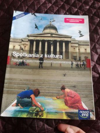Podręcznik do wiedzy o kulturze.