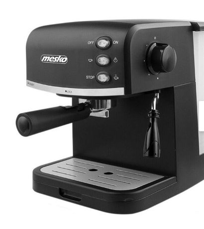 Ekspres ciśnieniowy do kawy mielonej