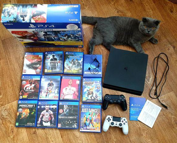 Sony PlayStation 4 Slim, PS4