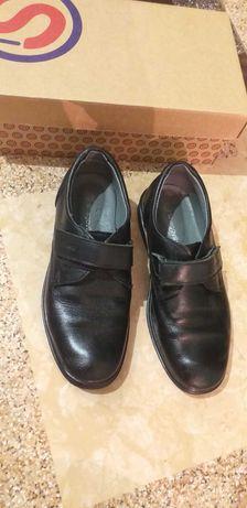 Туфлі шаговіта 31 розмір на хлопчика