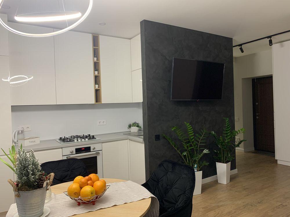 Терміново продам 2-х кімнатну квартиру ЖК»На Щасливому»