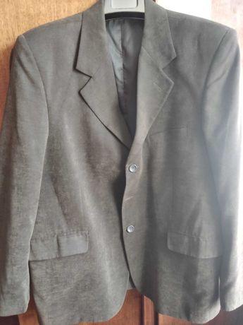 Пиджак ( размер 50).