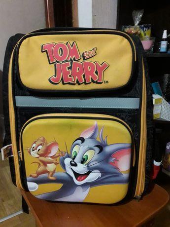 Рюкзак школьный каркасный Том и Джери